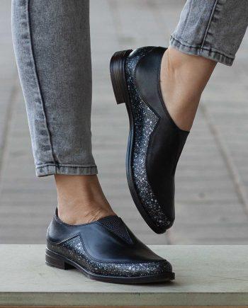 נעלי נשים שטוחות